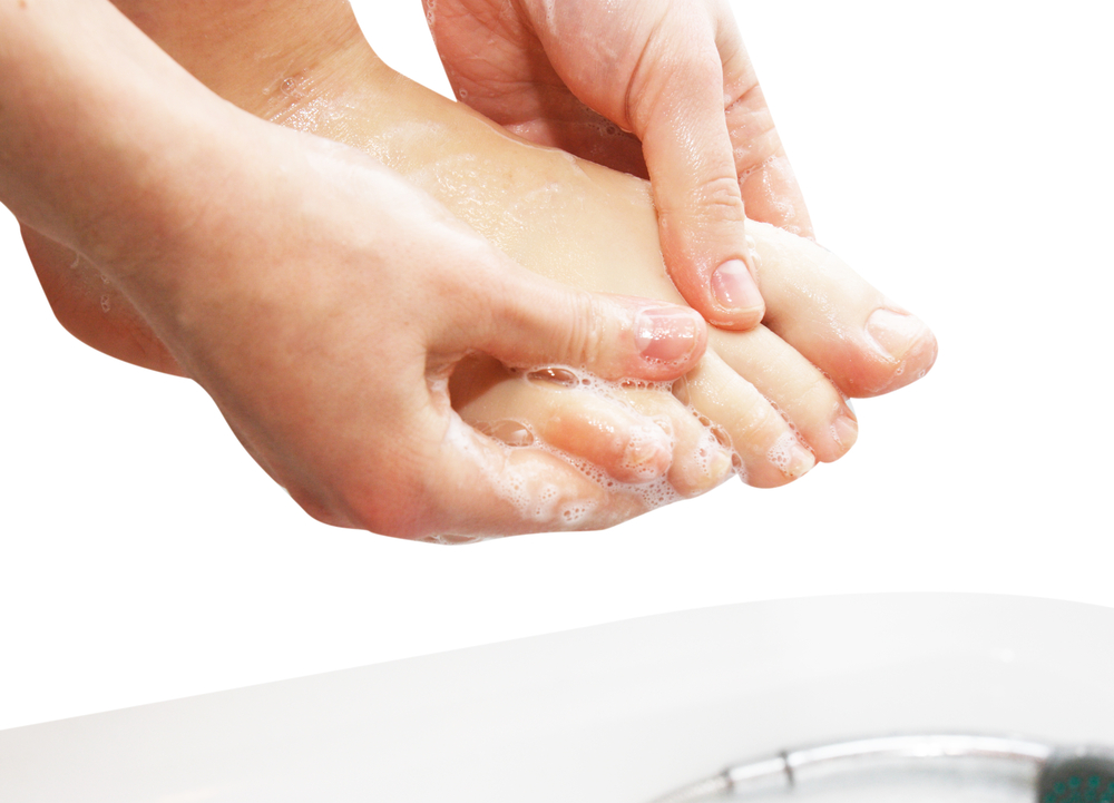 washing foot after running